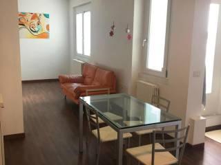 Foto - Trilocale ottimo stato, terzo piano, Centro, Mantova
