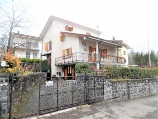 Foto - Villa unifamiliare, ottimo stato, 208 mq, Villaggio Europa, Lizzano in Belvedere