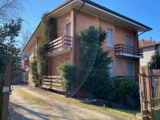 Foto - Villa unifamiliare, da ristrutturare, 270 mq, Venegono Superiore