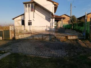 Foto - Villa unifamiliare via Bertola, Bricco, Belveglio