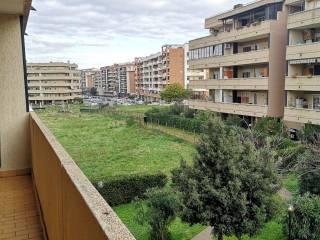 Foto - Bilocale via Carlo Bernardo Mosca 59, Ponte di Nona, Roma