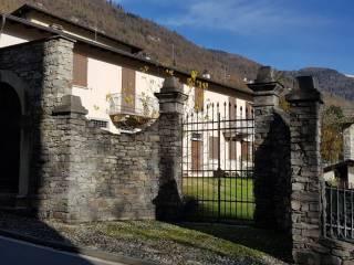 Foto - Villa a schiera via Roma 4, Tresivio