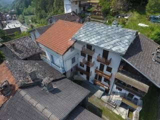 Foto - Trilocale frazione Grand-Moulin 32, Centro, Antey-Saint-Andrè