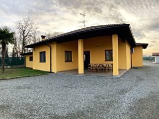 Foto - Villa unifamiliare via Caduti di kindu e Nassiriya, Carpignano Sesia