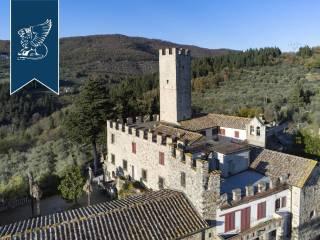 Antico castello in vendita in Toscana Image 8