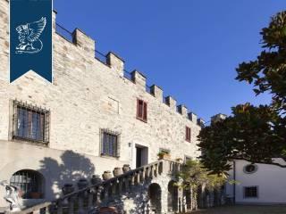 Antico castello in vendita in Toscana Image 10