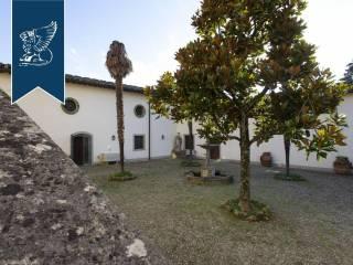 Antico castello in vendita in Toscana Image 15