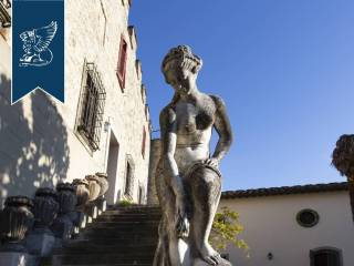 Antico castello in vendita in Toscana Image 16