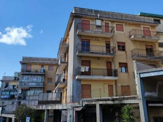 Фотография - Трехкомнатная квартира viale dell'Autonomia, Centro, Gravina di Catania