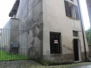 Foto - Rustico via San Giuseppe, 13, Centro, Bosisio Parini