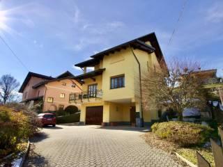 Foto - Villa bifamiliare via Giuseppe Mazzini 82, Crocemosso, Valdilana