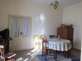 Foto - Appartamento da ristrutturare, Centro, Domicella