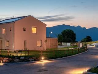 Foto - Villa unifamiliare via Papa Giovanni XIII, Brianzola, Castello di Brianza