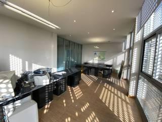 Ufficio in affitto a Mezzago