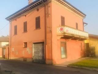 Foto - Villa unifamiliare via Cesare Battisti 11, Centro, Guazzora