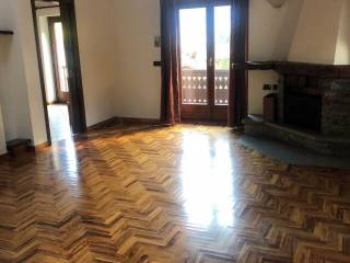 Photo - 4-room flat Strada Statale SSan 26 46, Courmayeur