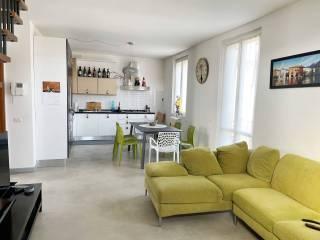 Foto - Appartamento buono stato, primo piano, Centro, Merate
