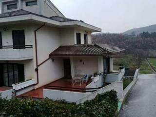 Foto - Villa a schiera, buono stato, Centro, Isernia