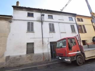Palazzo / Stabile Vendita Cortemaggiore