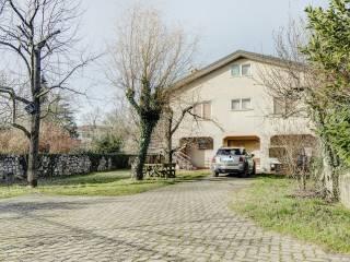 Casette Con Giardino A Trieste.Case Indipendenti Con Giardino In Vendita Trieste Immobiliare It