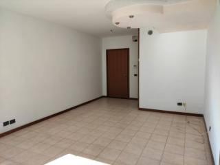 Foto - Trilocale secondo piano, Centro, Bovolone