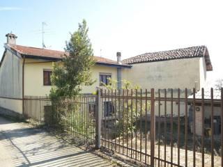 Foto - Quadrilocale via Stazione 48, Centro, Alfiano Natta