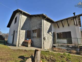 Foto - Terratetto unifamiliare via provinciale per lessolo 30, Alice Superiore, Val di Chy