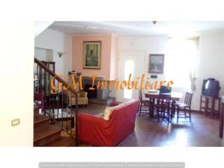 Foto - Villa unifamiliare, buono stato, 160 mq, Centro, Ceppaloni