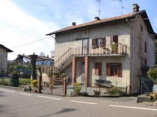 Foto - Quadrilocale frazione Borgonuovo 12, Centro, Piatto