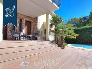 Villa con piscina in vendita in provincia di Pavia Image 8