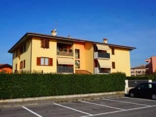Foto - Trilocale via Vittorio Veneto, Bonate Sotto