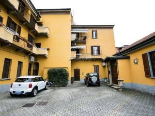 Foto - Bilocale via Giacomo Matteotti 2, Centro, Bollate