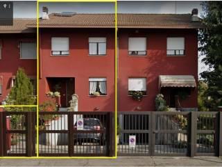 Foto - Villa a schiera via Marche, Centro, Lainate