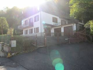 Foto - Villa unifamiliare via Giuseppe Brumana 42, Centro, Costa Valle Imagna