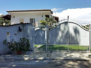 Palazzo / Stabile Vendita Terracina