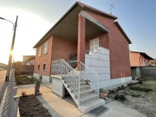 Foto - Villa unifamiliare, buono stato, 183 mq, Spinadesco