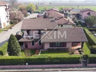 Foto - Villa unifamiliare via Enrico Fermi 2, Centro, Travacò Siccomario