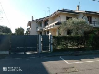Foto - Villa bifamiliare via Meriggia 20, Centro, Settimo Milanese