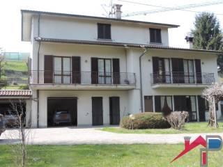 Photo - Single family villa, good condition, 390 sq.m., Centro, Pontida