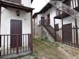 Foto - Terratetto unifamiliare frazione Pian Prà 9, Centro, Rorà