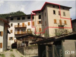 Foto - Appartamento ottimo stato, secondo piano, Borgo Chiese