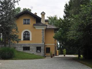 Photo - Single family villa, excellent condition, 750 sq.m., Saluzzo