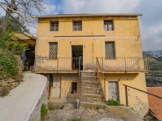 Foto - Villa bifamiliare, da ristrutturare, 170 mq, Centro, Vallebona