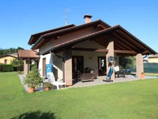 Foto - Villa unifamiliare via Monte Rosa, Dormelletto
