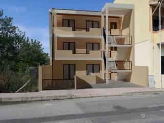 Foto - Trilocale nuovo, piano terra, Centro, Santa Giusta