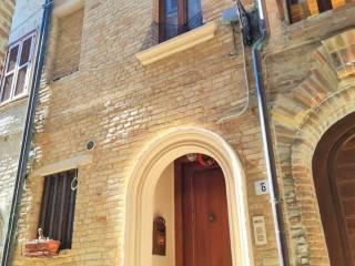 Foto - Terratetto unifamiliare via Nicola Gaetani Tamburrini, Centro, Monsampolo del Tronto