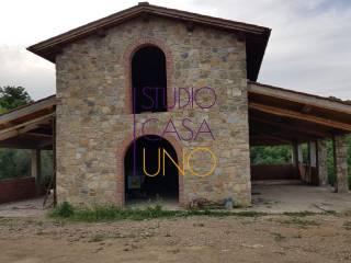 Foto - Casale, da ristrutturare, 260 mq, Centro, Bucine