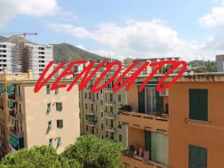 Foto - Bilocale via Piero Maroncelli, Sestri Ponente, Genova