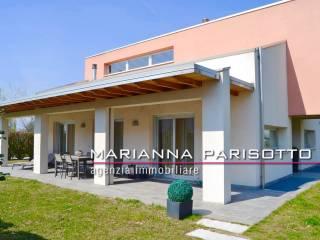 Foto - Villa unifamiliare, ottimo stato, 357 mq, Centro, Bassano del Grappa