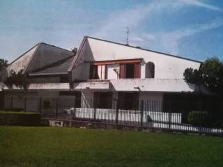 Photo - Multi-family villa, good condition, 1360 sq.m., Sant'isidoro, Carugo